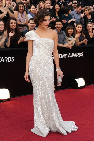 Milla Jovovich Oscars 2012