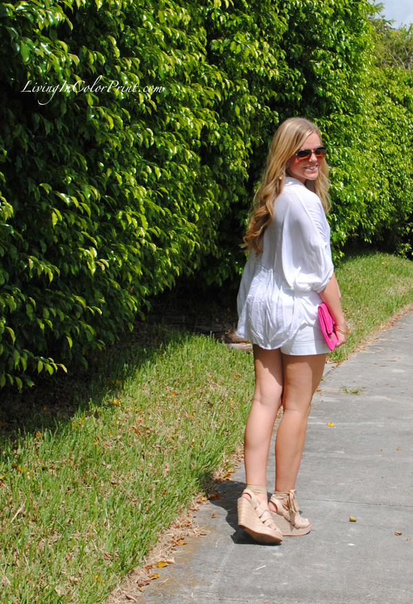 white on white blogger look, hot pink clutch