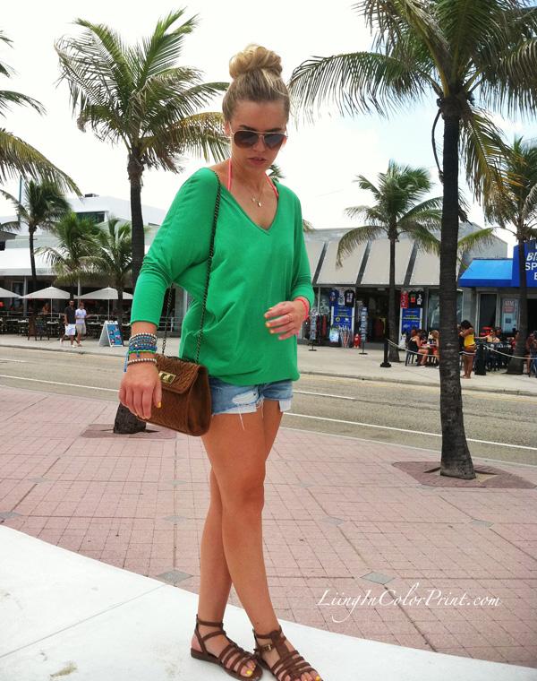 blogger outfit, miami fashion blogger, jean cut offs, green shirt