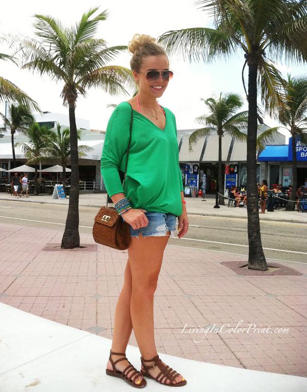 cut off shorts, green top, tribal cross body, benii boutique