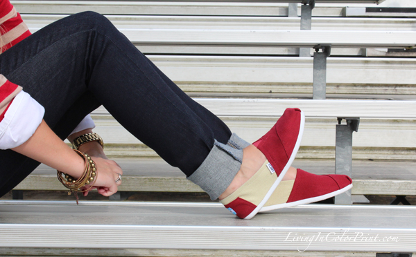 Levi's shoot, jeans styled, collegiate Toms