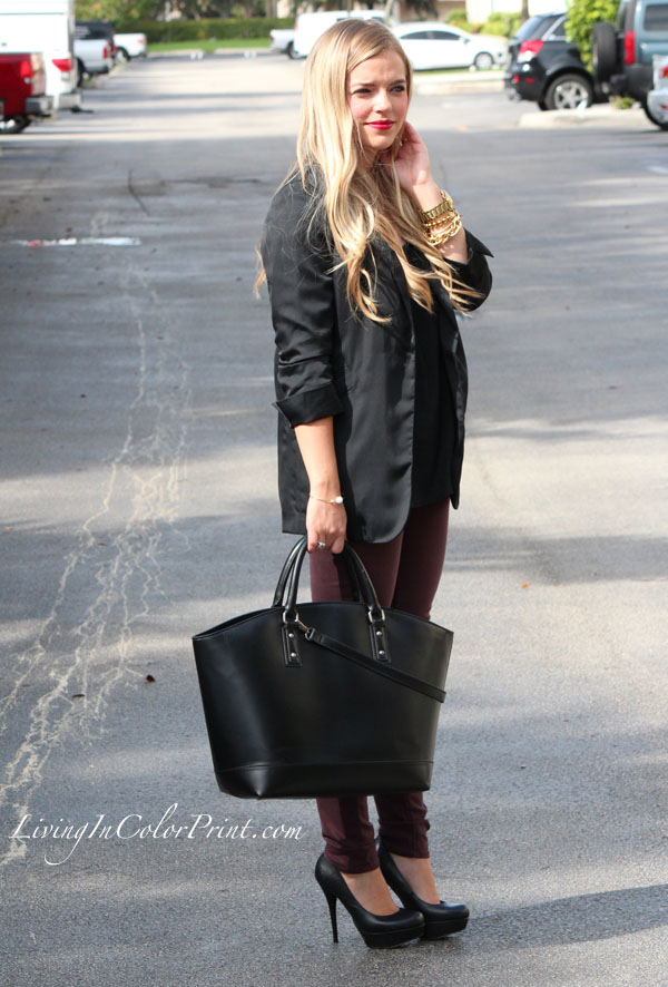 Black and plum outfit, blogger outfit of the day, cranberry/plum skinnies