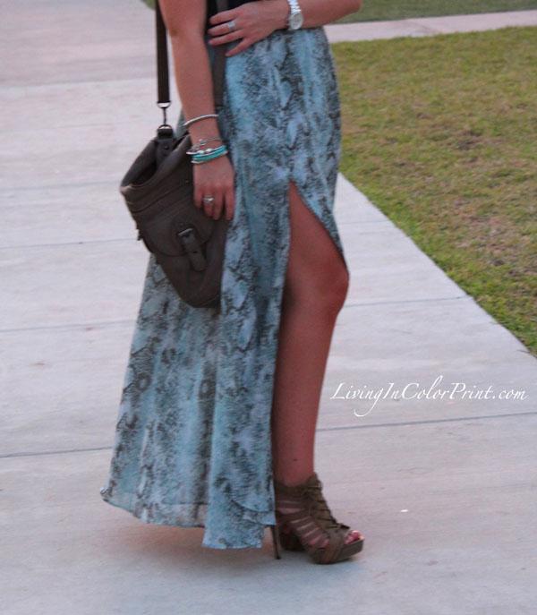 Dusk in Wynwood, Miami Fashion Blogger, snakeskin maxi skirt, blonde blogger