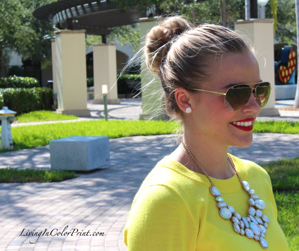 chunky forever 21 necklace and citron sweater, red lips, steve madden sunnies