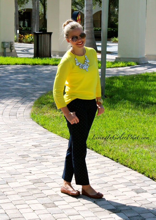 Polka dots and citron outfit, blogger outfit of the day, citron outfit of the day