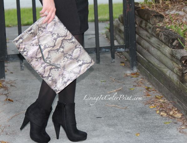 Androbel Boutique, snakeskin clutch, fall winter blogger outfit, leather skirt, flowy sweater top