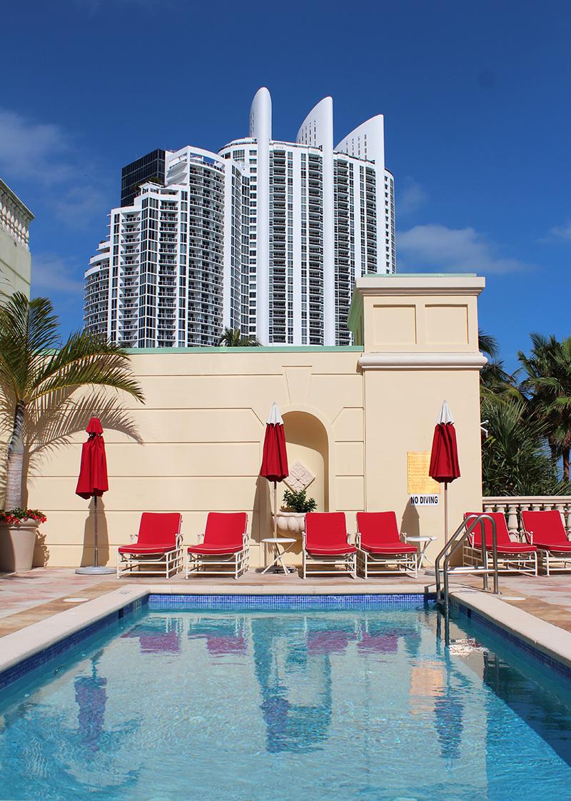 Acqualina-Resort-Espa-Miami