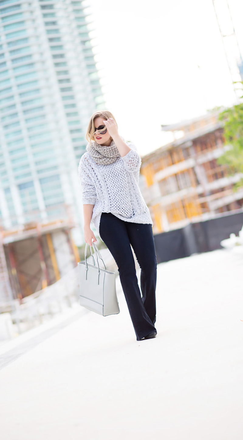 chunky-grey-knit-sweater-flare-denim-jeans