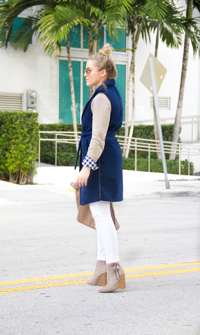 navy-sleeveless-trench-coat