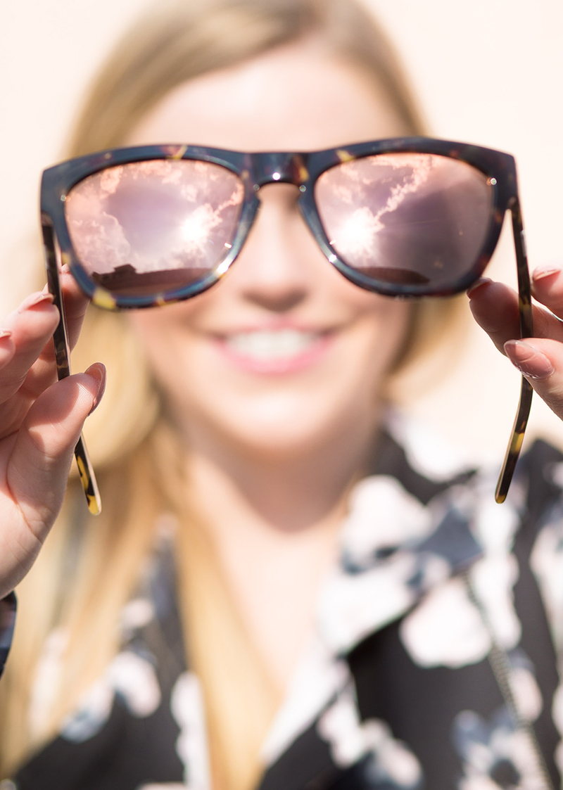 blush-mirrored-wayfer-sunglasses