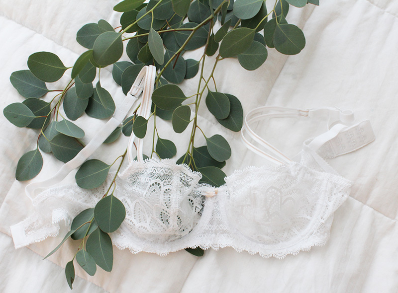 white demi lace bridal bra, Chantelle bridal bras