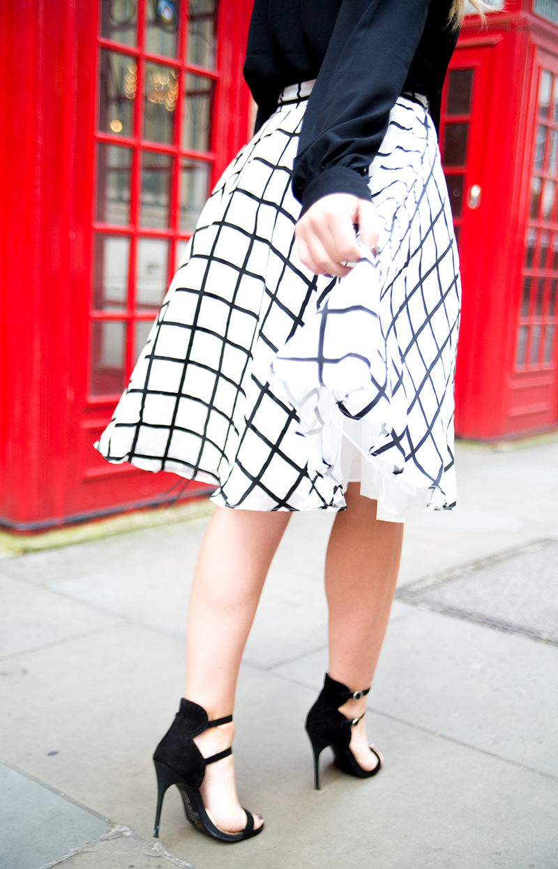 Black-White-Checkered-Midi-Skirt10
