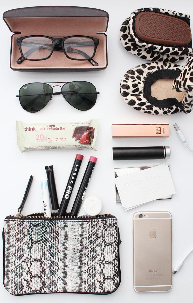 girls on the go travel essentials, NYFW travel essentials