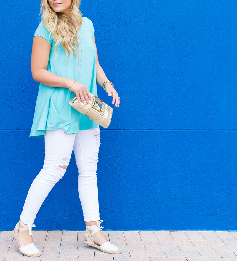 Karen Kane Mint tee and white denim