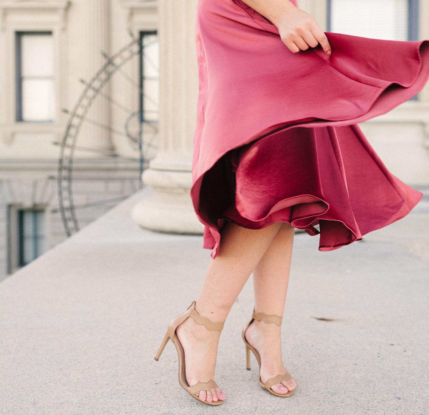 Gal Meets Glam Collection Jacqueline Satin Dress | COLOR by K