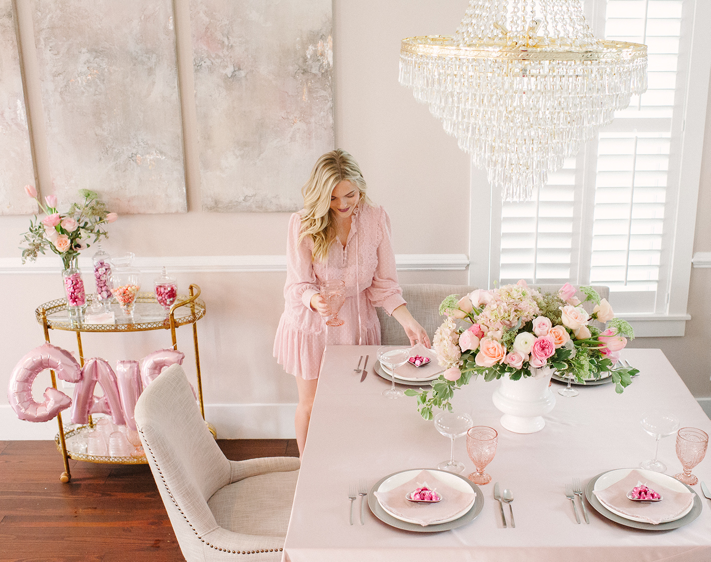 How to Host a Galentine's Brunch