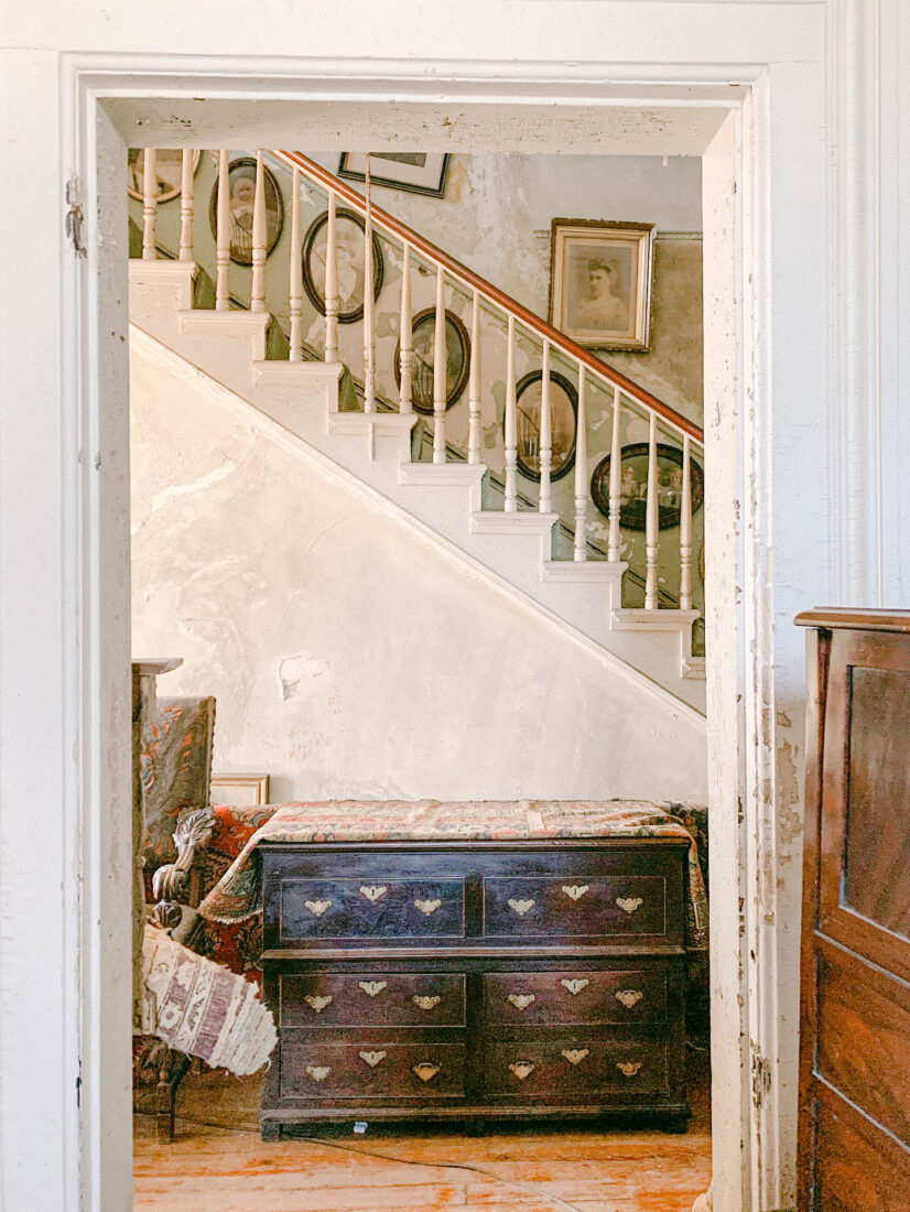 Guide to Savannah | Best Antique Shopping in the South
